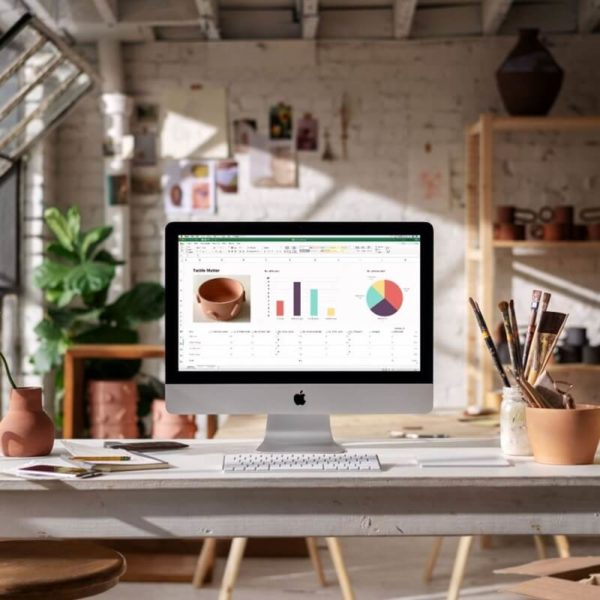 "APPLE iMac NEW MRT42E/A 21.5"" LED-backlit widescreen with Retina 4K display 2019 - Español"